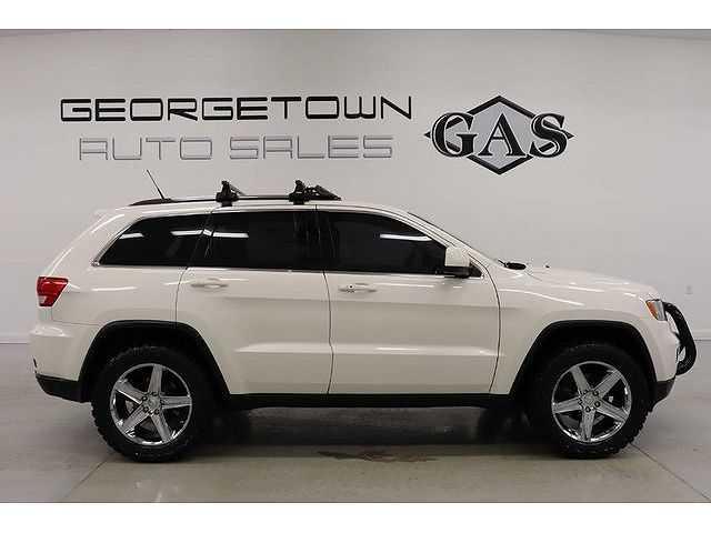 Jeep Grand Cherokee 2011 $14999.00 incacar.com