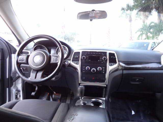 Jeep Grand Cherokee 2011 $8490.00 incacar.com