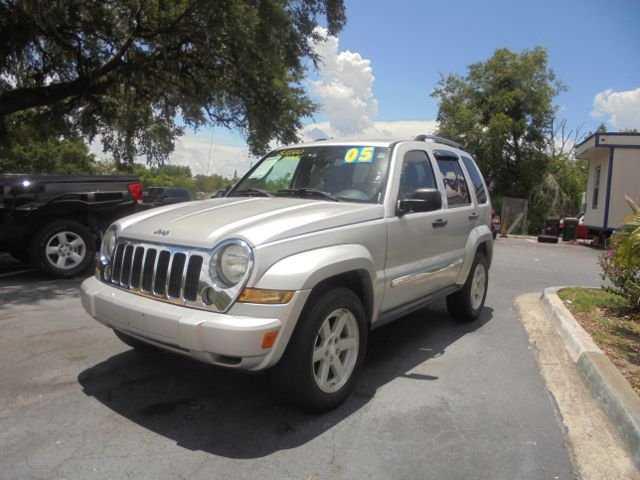 Jeep Liberty 2005 $4495.00 incacar.com