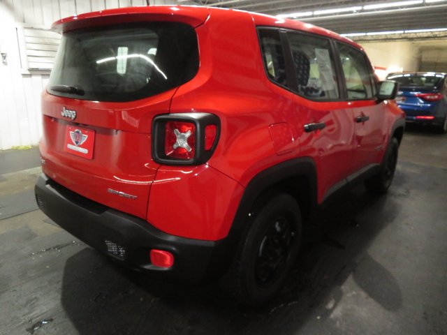 Jeep Renegade 2015 $15655.00 incacar.com