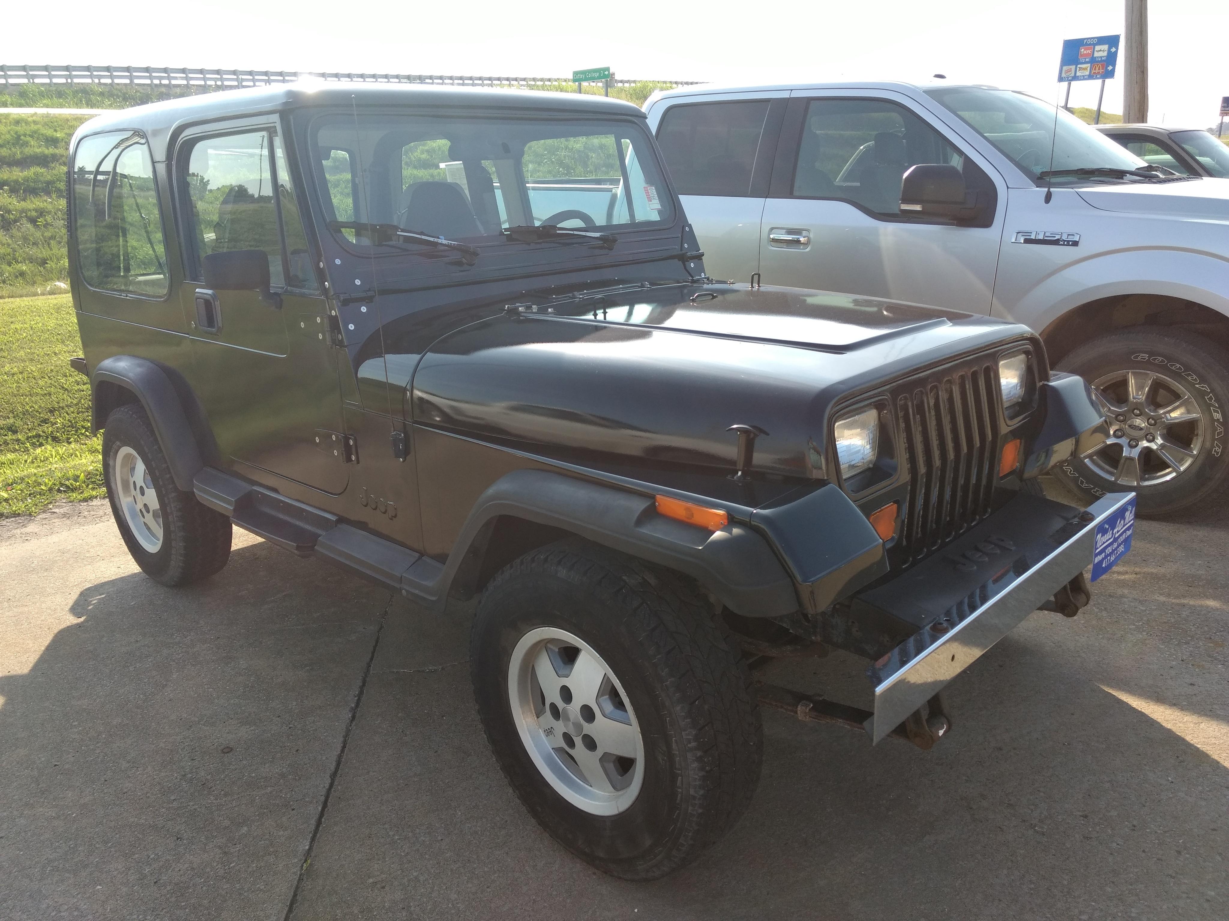 Jeep Wrangler 1993 $7989.00 incacar.com