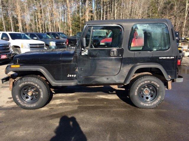 Jeep Wrangler 1995 $5950.00 incacar.com