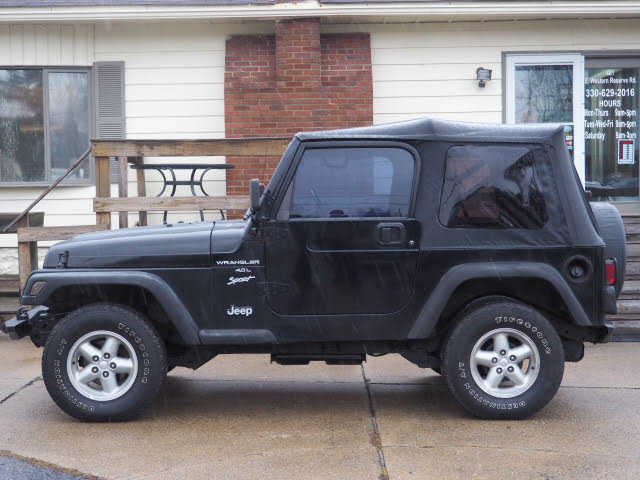 Jeep Wrangler 2000 $8999.00 incacar.com