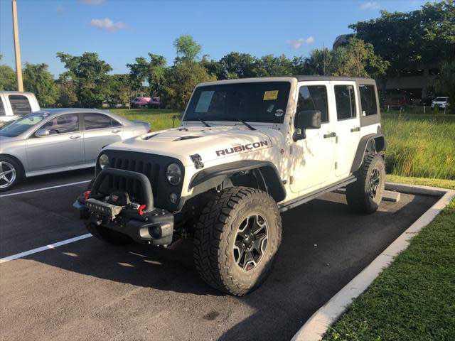 Jeep Wrangler 2013 $25500.00 incacar.com
