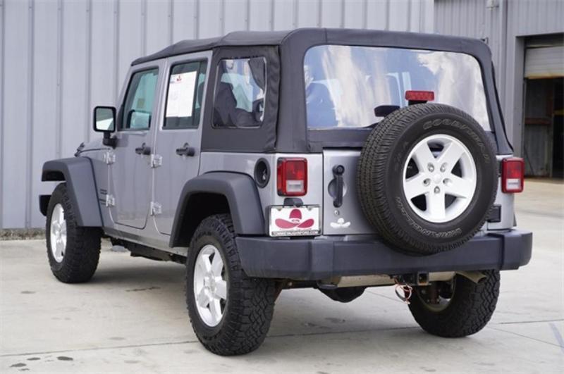 used Jeep Wrangler 2014 vin: 1C4BJWDG6EL262398