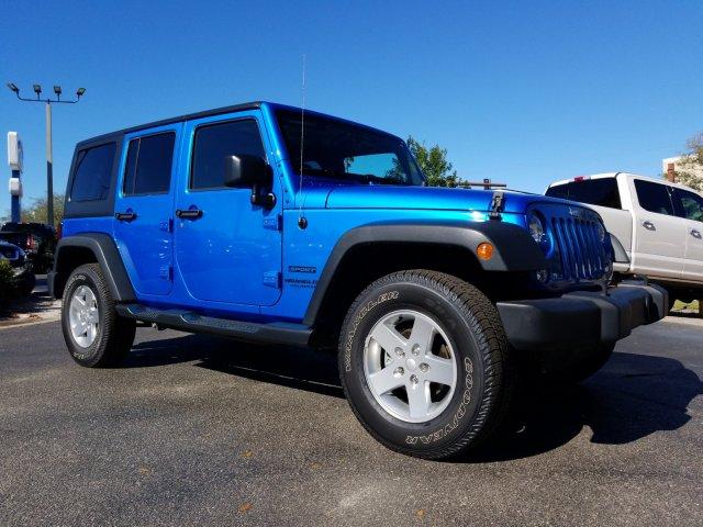 Jeep Wrangler 2015 $29000.00 incacar.com