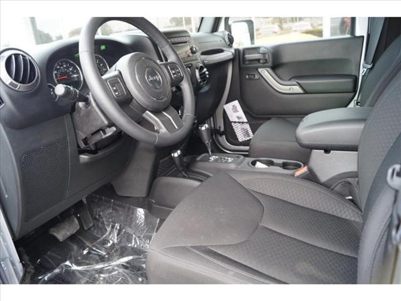 Jeep Wrangler 2015 $28360.00 incacar.com