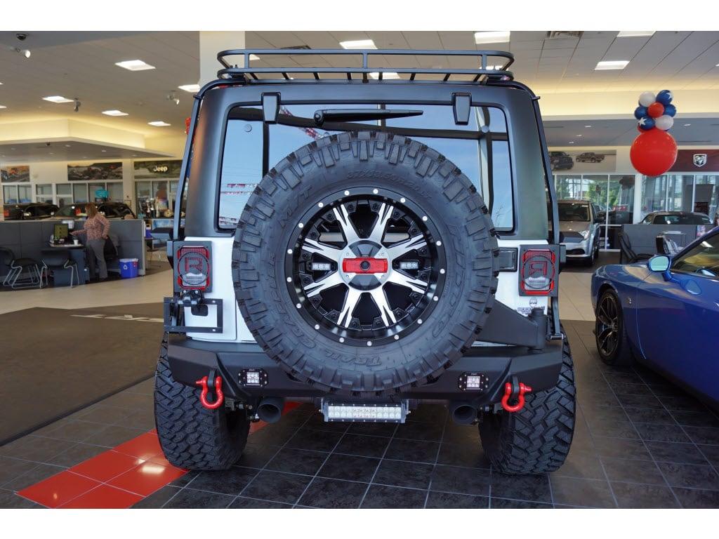 Jeep Wrangler 2016 $76991.00 incacar.com