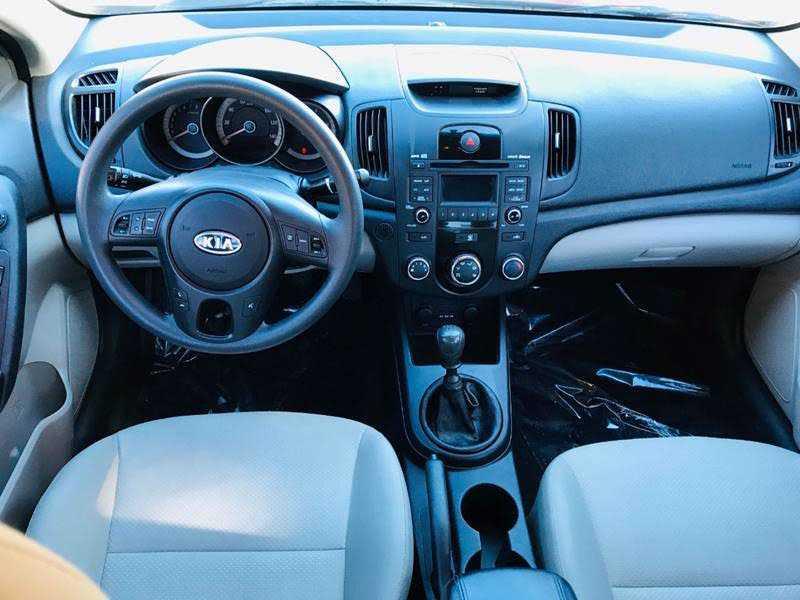 Kia Forte 2010 $4975.00 incacar.com