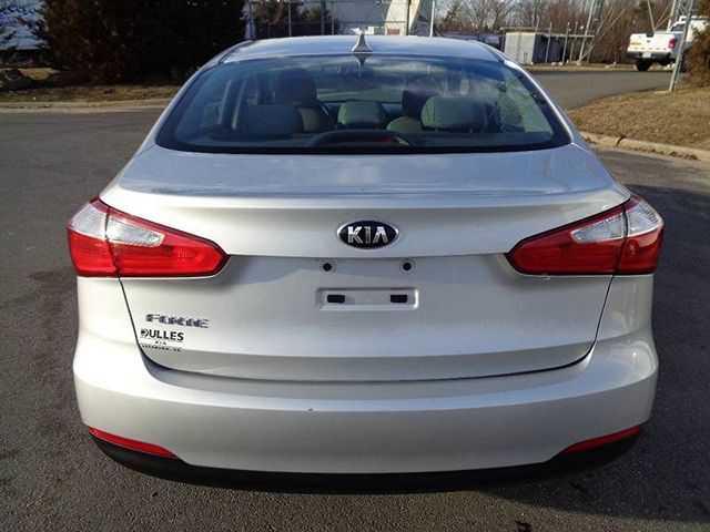 Kia Forte 2016 $5995.00 incacar.com
