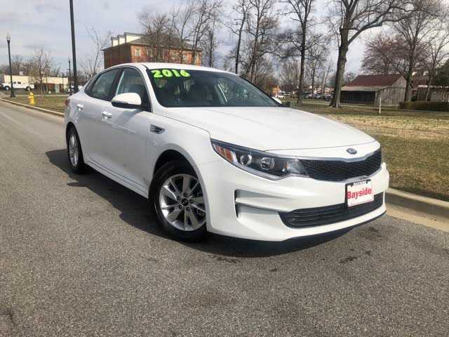 Kia Optima 2016 $19500.00 incacar.com