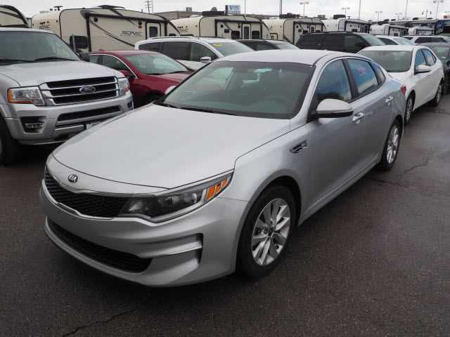 Kia Optima 2017 $11995.00 incacar.com