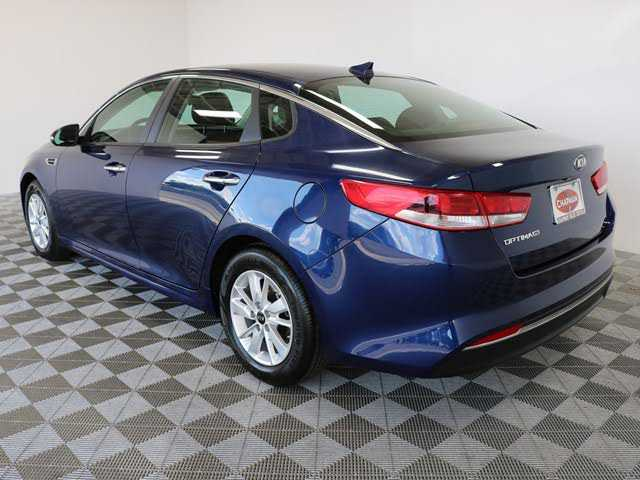 Kia Optima 2018 $13721.00 incacar.com