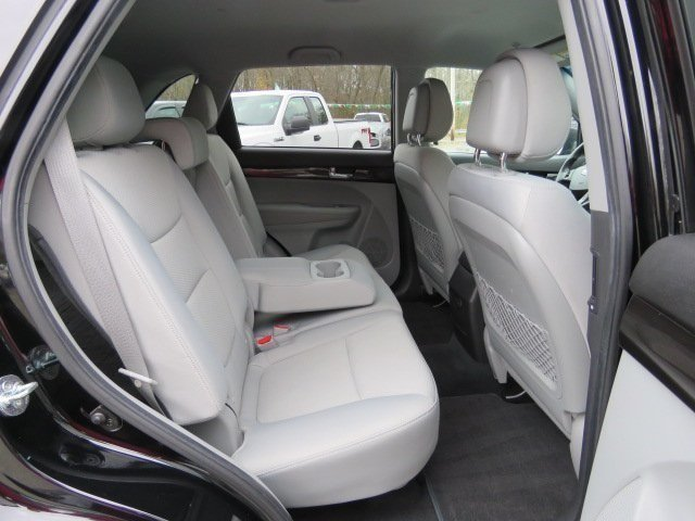 Kia Sorento 2011 $9851.00 incacar.com