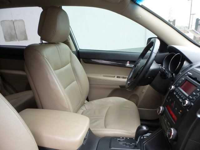 Kia Sorento 2011 $9968.00 incacar.com
