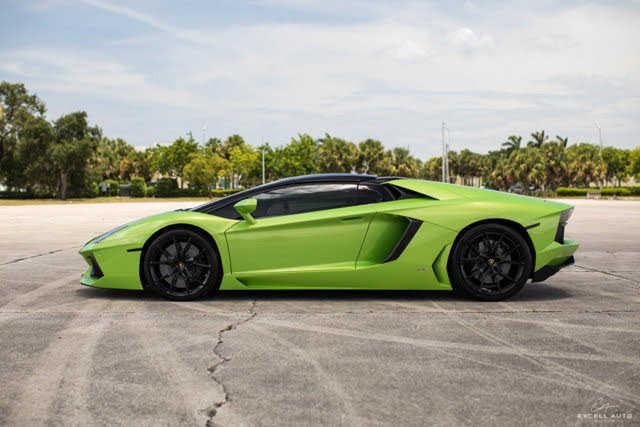 Lamborghini Aventador 2015 $359000.00 incacar.com