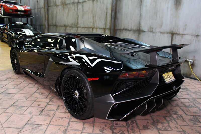 Lamborghini Aventador 2016 $399888.00 incacar.com