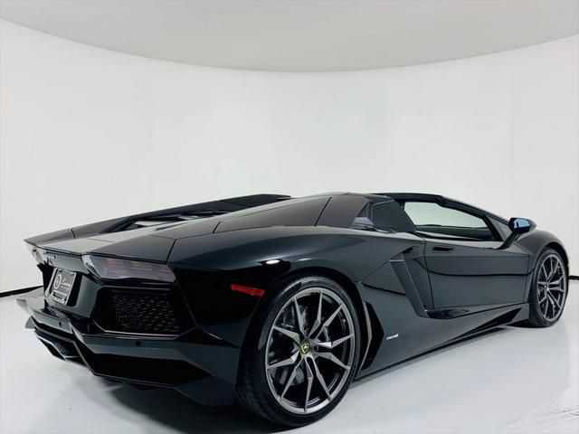 Lamborghini Aventador 2016 $378000.00 incacar.com