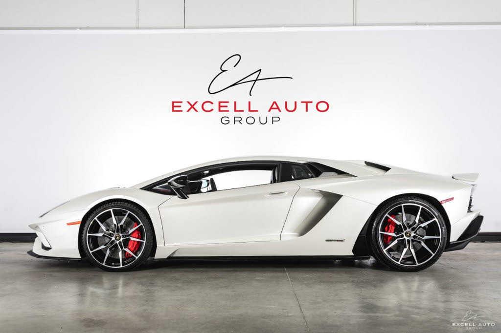 Lamborghini Aventador 2017 $389000.00 incacar.com