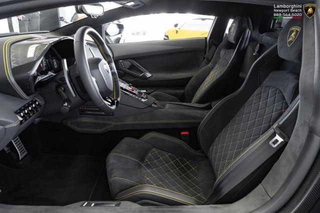 Lamborghini Aventador 2018 $459800.00 incacar.com