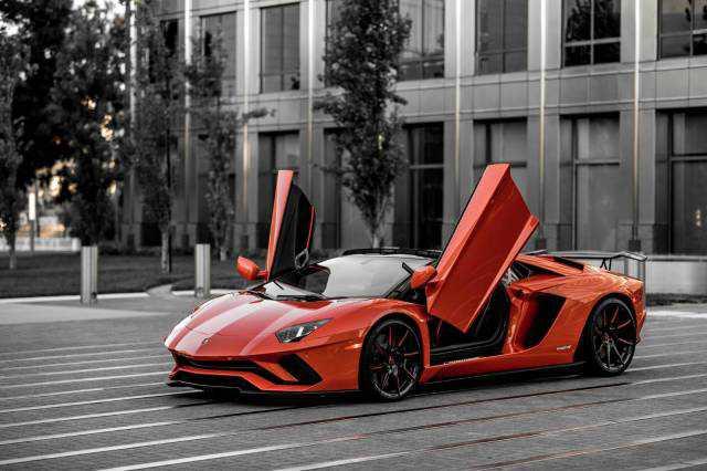 Lamborghini Aventador 2018 $490000.00 incacar.com