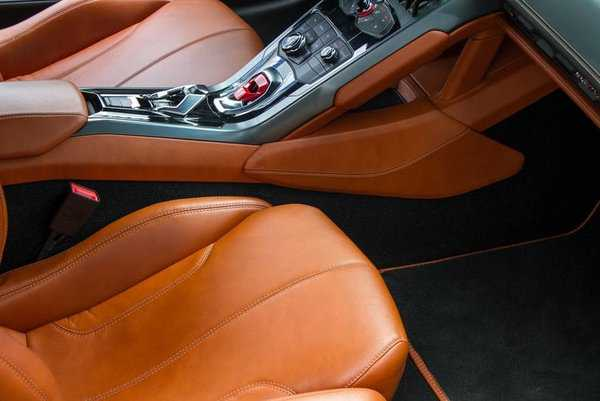 Lamborghini Huracan 2015 $203888.00 incacar.com
