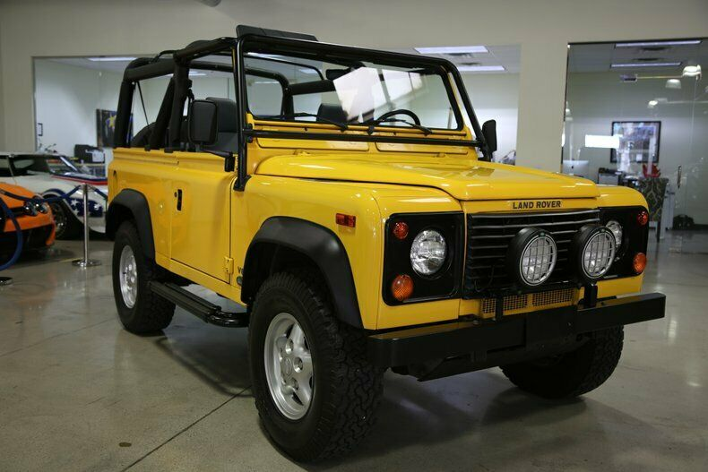 Land Rover Defender 1997 $84950.00 incacar.com