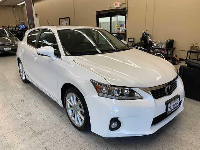 Lexus CT 2011 $14500.00 incacar.com