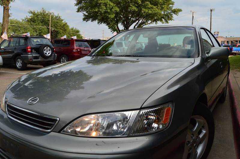 Lexus ES 2000 $4495.00 incacar.com
