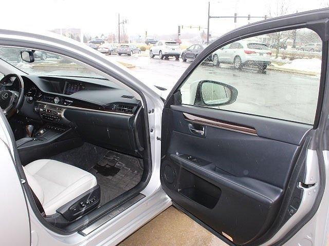 Lexus ES 2015 $23777.00 incacar.com