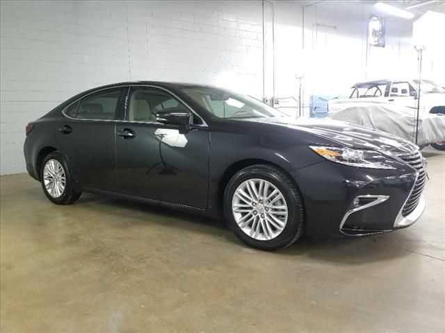 Lexus ES 2016 $26950.00 incacar.com