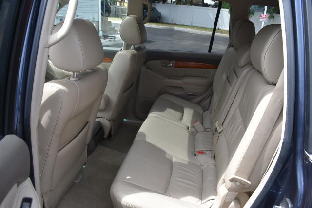Lexus GX 2005 $13555.00 incacar.com