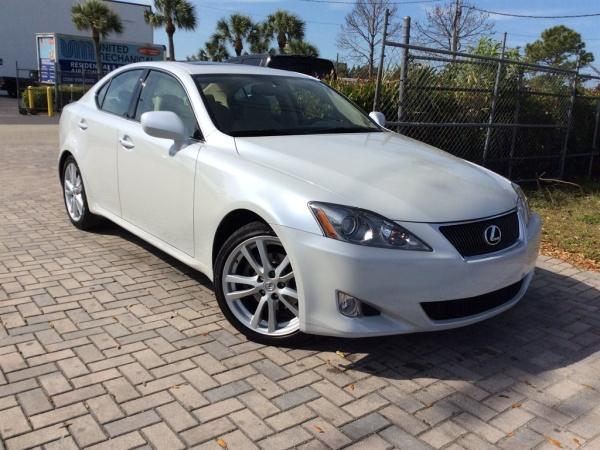 Lexus IS 2006 $14000.00 incacar.com