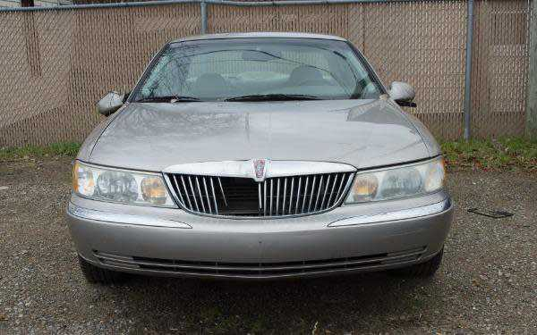 Lincoln Continental 2002 $1500.00 incacar.com