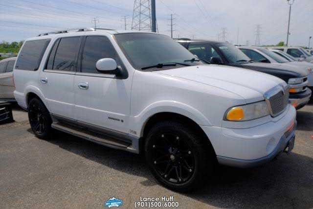 Lincoln Navigator 2000 $8995.00 incacar.com