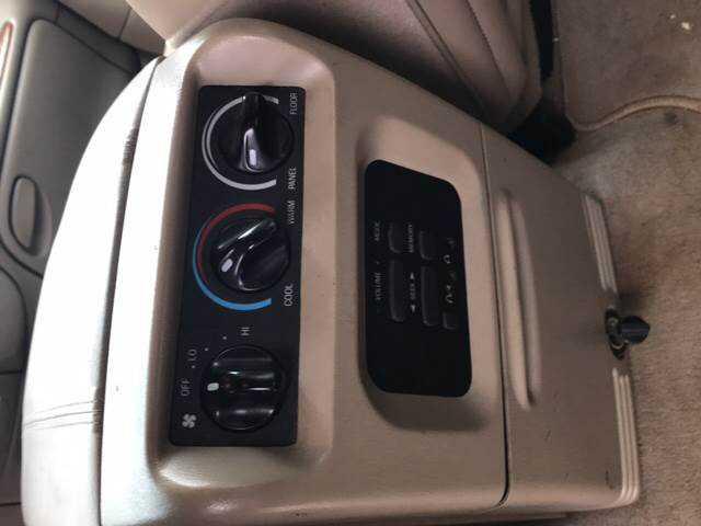 Lincoln Navigator 2000 $2999.00 incacar.com