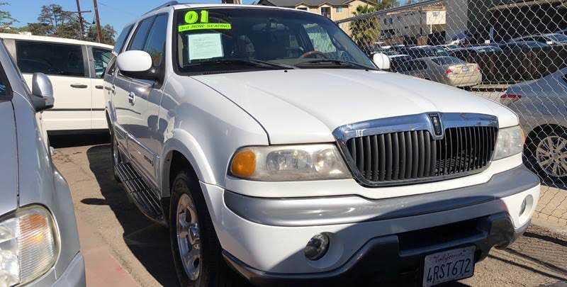 Lincoln Navigator 2001 $3995.00 incacar.com