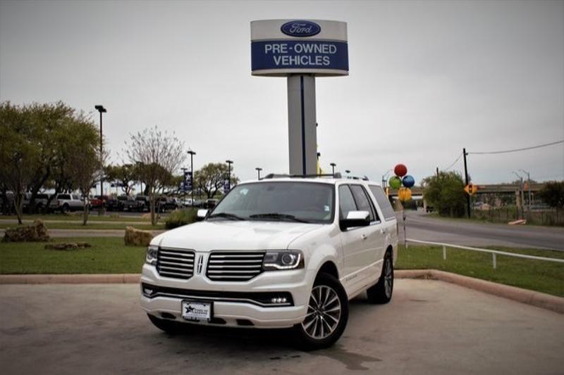 Lincoln Navigator 2015 $39500.00 incacar.com