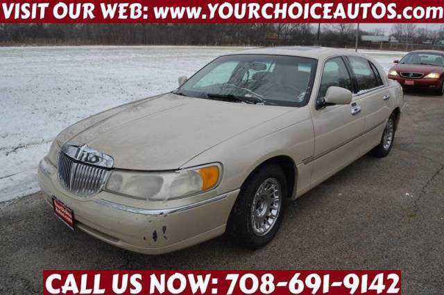 Lincoln Town Car 2000 $1599.00 incacar.com