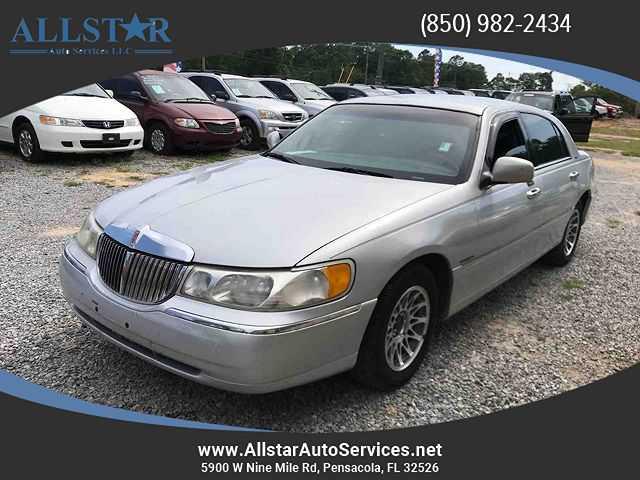 Lincoln Town Car 2001 $1500.00 incacar.com