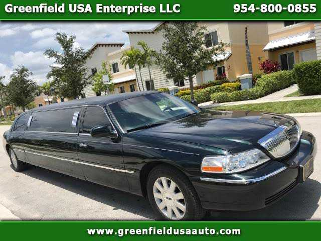 Lincoln Town Car 2003 $5450.00 incacar.com