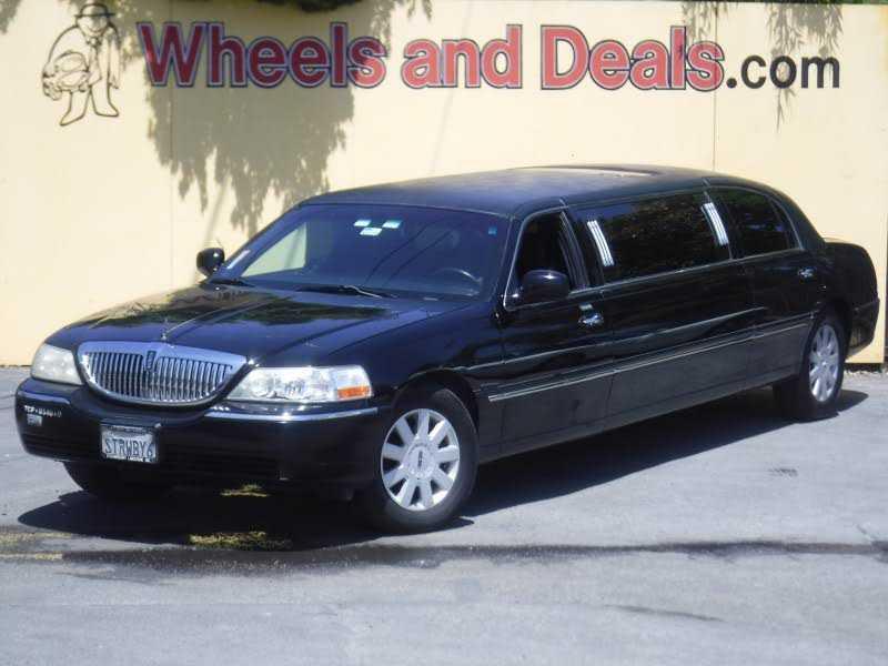 Lincoln Town Car 2005 $5995.00 incacar.com
