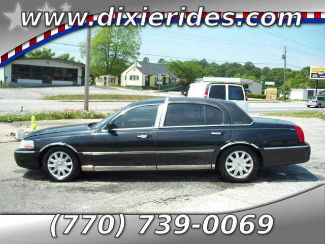 Lincoln Town Car 2006 $2995.00 incacar.com