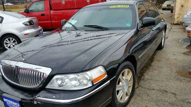Lincoln Town Car 2007 $2995.00 incacar.com