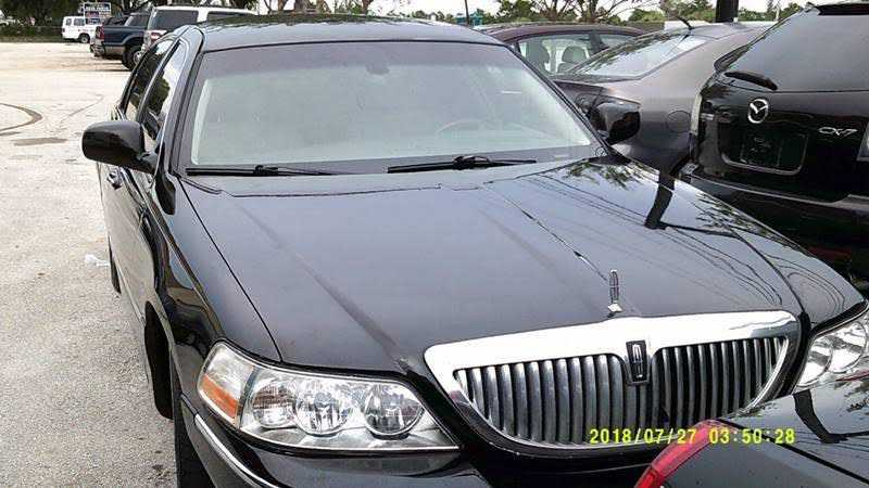 Lincoln Town Car 2007 $2950.00 incacar.com