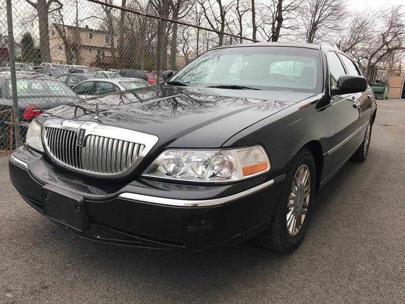 Lincoln Town Car 2007 $1999.00 incacar.com