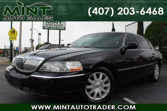 Lincoln Town Car 2011 $3995.00 incacar.com