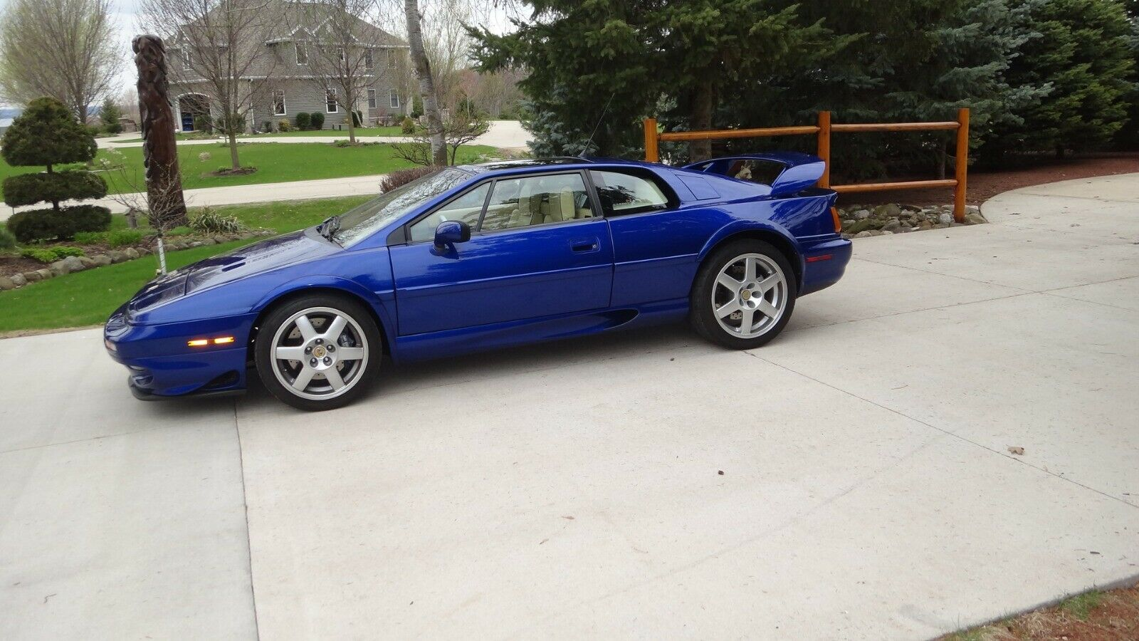 Lotus Esprit 1998 $45100.00 incacar.com