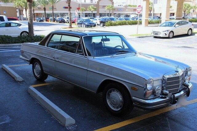 Mercedes-Benz 200-Series 1973 $38000.00 incacar.com
