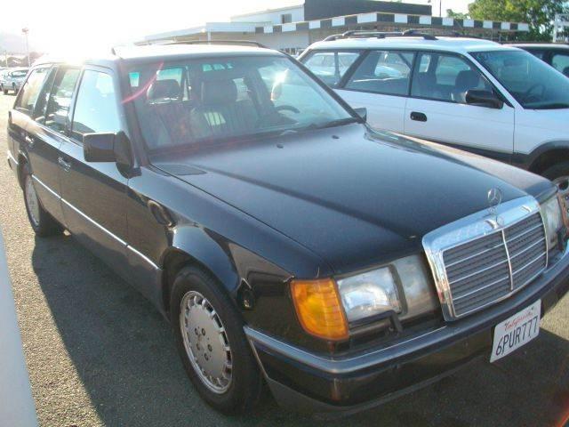 Mercedes-Benz 300 1993 $3000.00 incacar.com